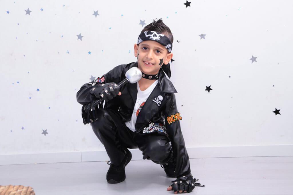 ילד בצילומי פורים